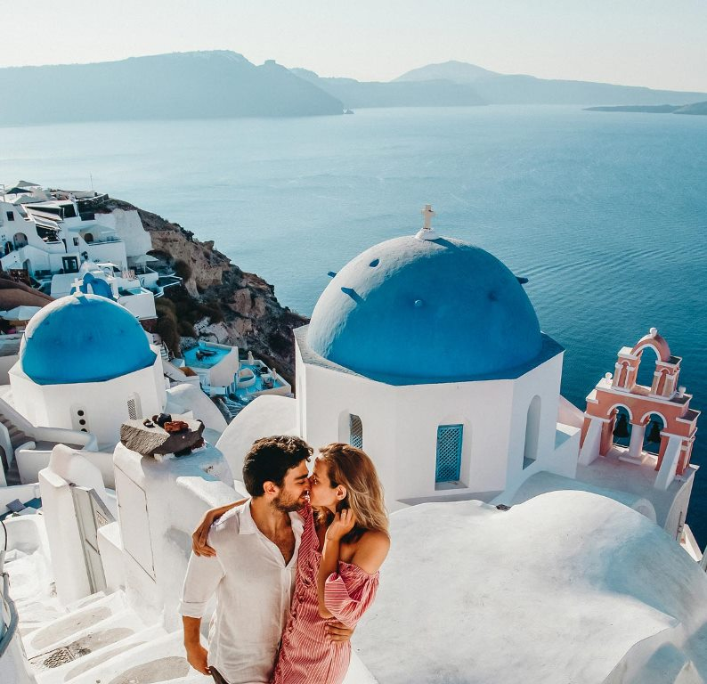 things-to-do-in-santorini-for-honeymoon-travellers
