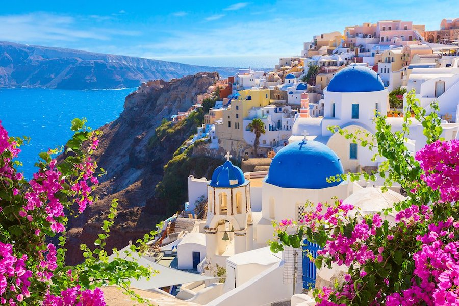a-full-guide-for-your-vacation-in-santorini:1